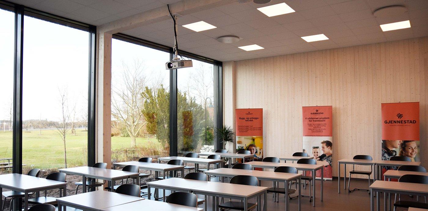 Lyse og flotte klasserom med godt inneklima ved Gjennestad VGS