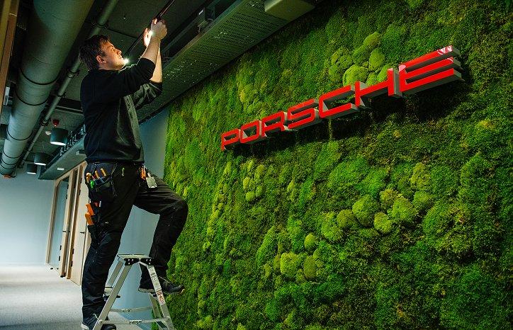 Fredrik F. Sørensen har vært BAS for kontorlokalene i andre etasje. Her har vi rehabilitert kontorlokalene for Autozentrum Sport (Importavdelingen til Porsche) og utleveringsavdeling for Porsche, samt rehabiliterte kontorlokaler for utleie.